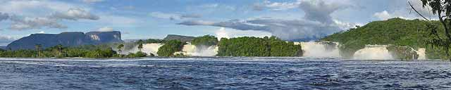 Canaima Lagoon and waterfalls
