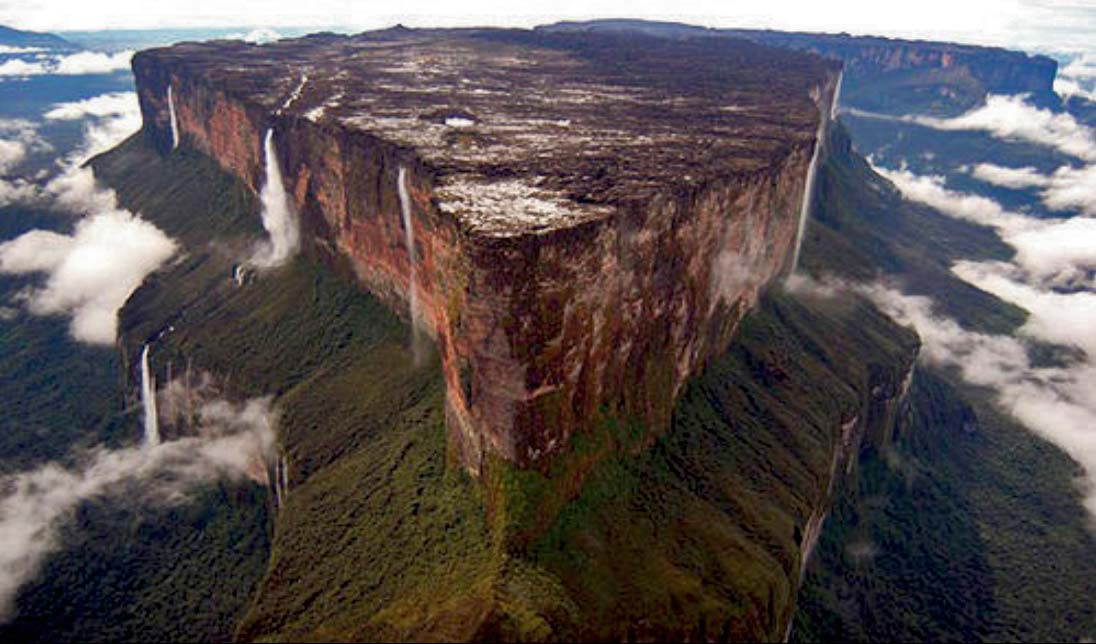 "Mount Roraima – Hike to the top of the ""Lost World"""